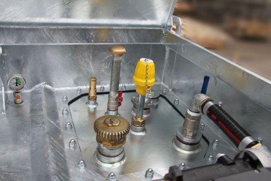 Dieseltank 1000l doppelwandig mit 230V Pumpe u. Zählwerk - Quadro-C Rietberg